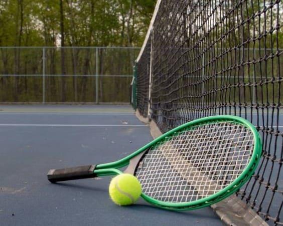 Deportes con Implementos