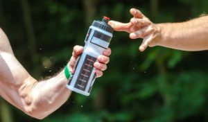 Cosas a considerar en la hidratación en el deporte